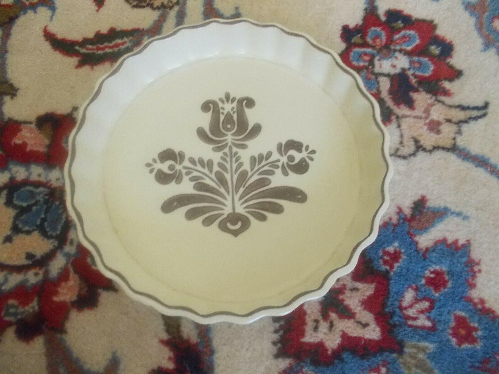 1970's Quiche Dish, Microwave/Oven Safe!
