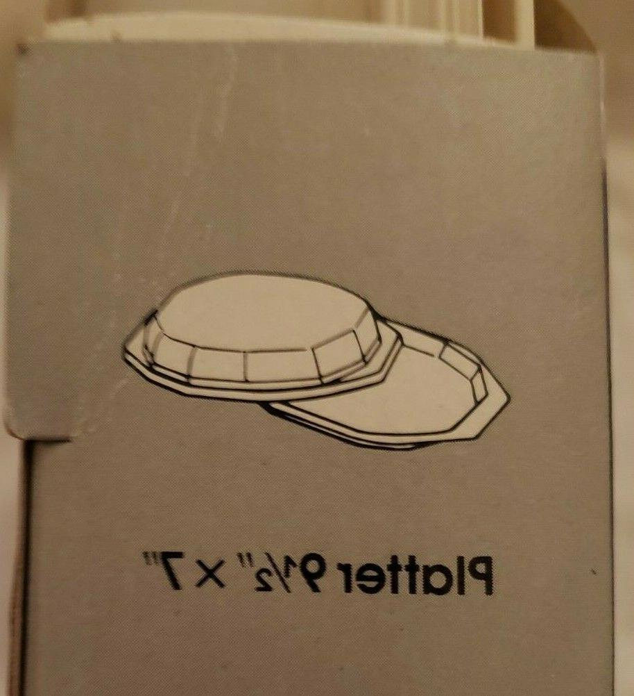 2 sets- Anchor Hocking Microwave Freeze Heat Serve Platters Lids- New
