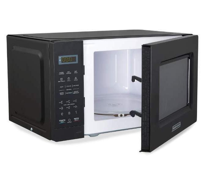 Black & Decker 0.7 Cu. Ft. Countertop 700W Black Microwave