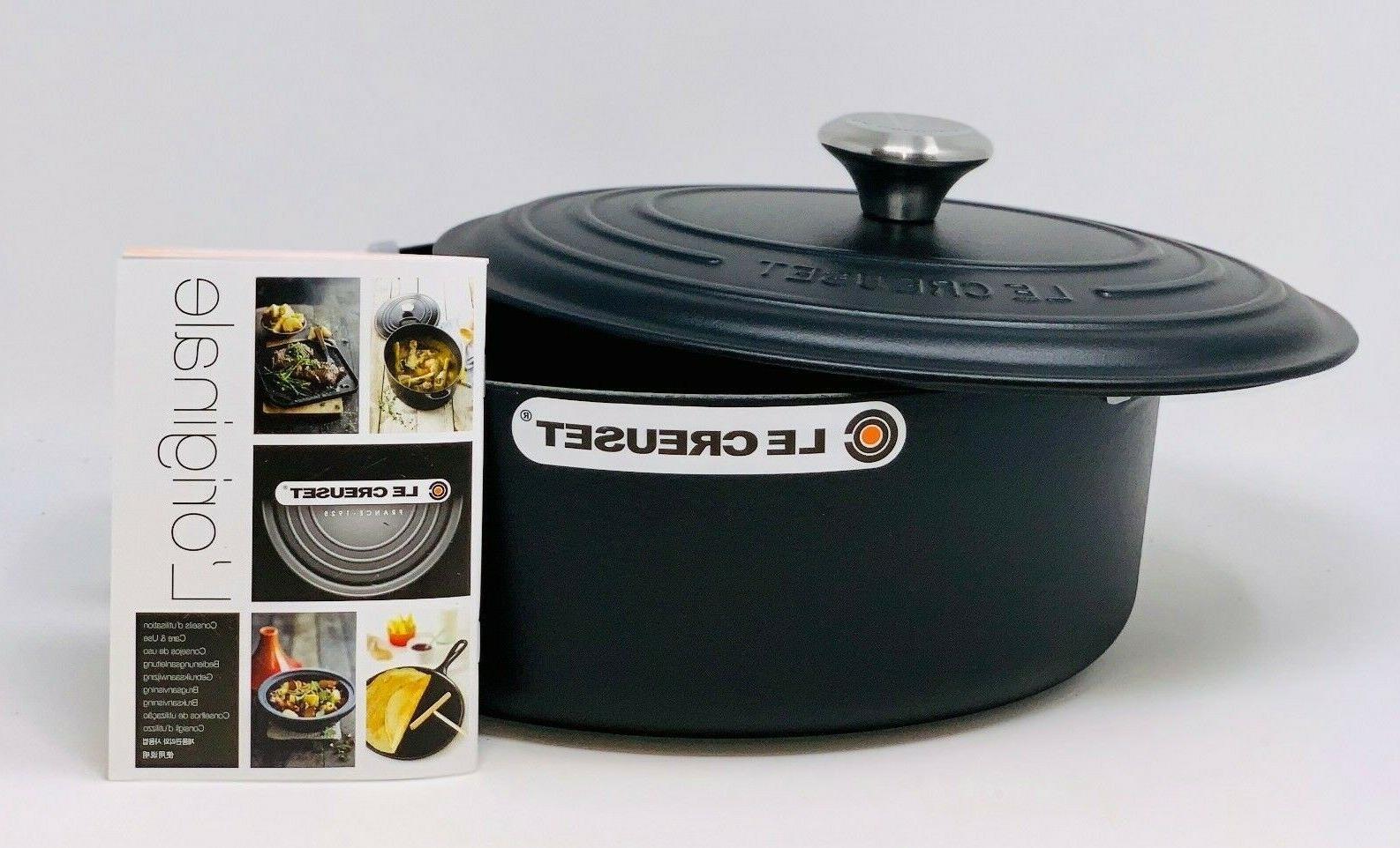 Le Cast Iron 5-qt Oven, Black