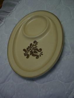 """Pfaltzgraff Village 12 1/8"""" Oval Snack Tray/Oven & Microwave"""